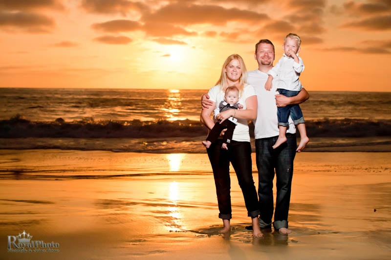 Beach family photo, daylight