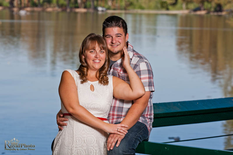 Erik and Roxane engagement picture