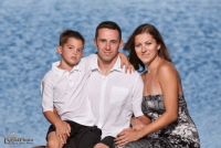 Outdoor family portrait photography